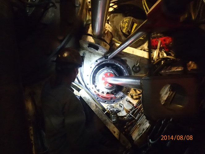 Performing repairs on the drive motor pinions