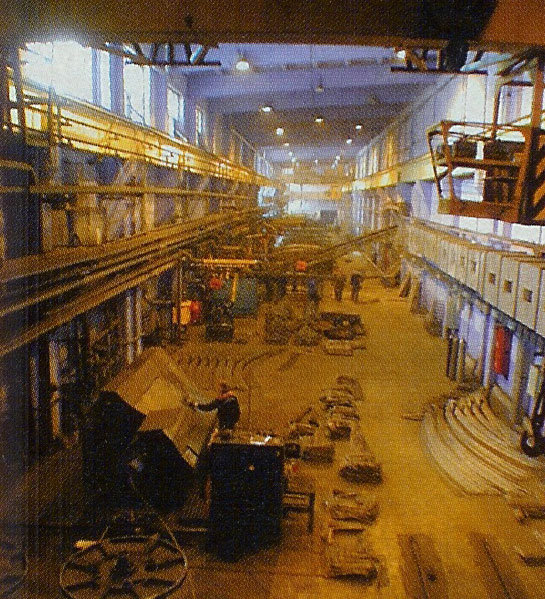 Segment casting facility where the cages of rebar reinforcement are also fabricated