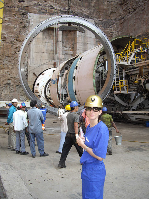 Comis oversees assembly of an AMR 1 TBM in India